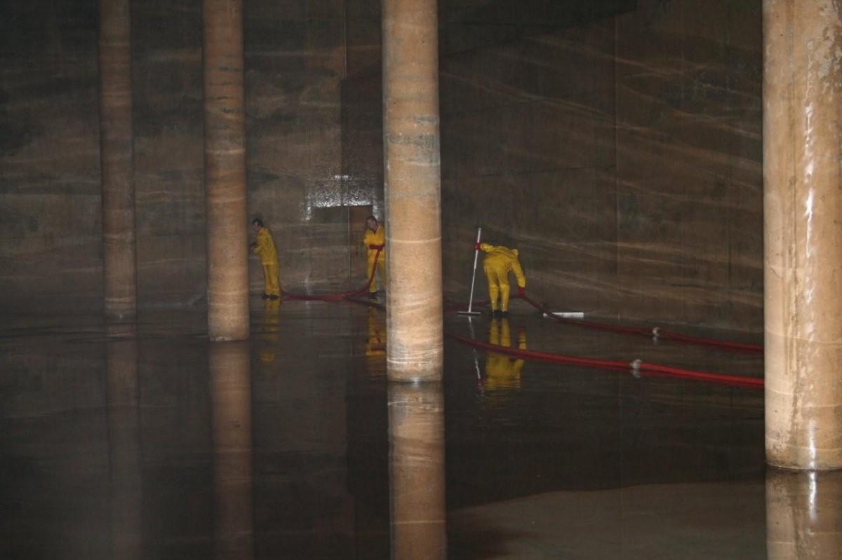Reinigen en desinfecteren van drinkwaterreservoirs